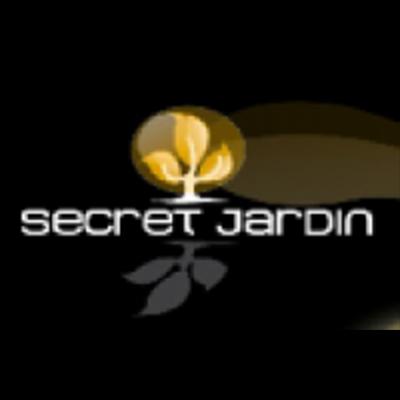 Secret Jardin Dark Room